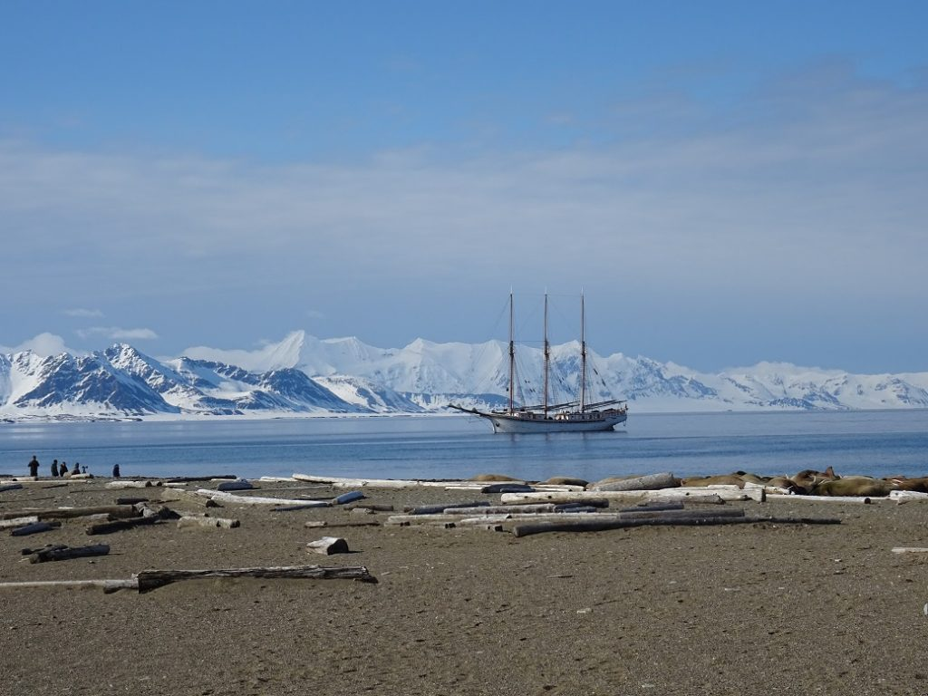 SV Linden, Spitsbergen, Longyearbyen