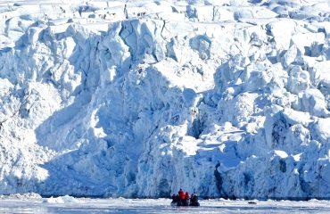 Gletsjes Spitsbergen © Nikki Born