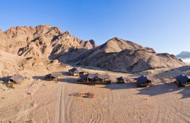 Hoanib-Valley-Camp-vanuit de lucht
