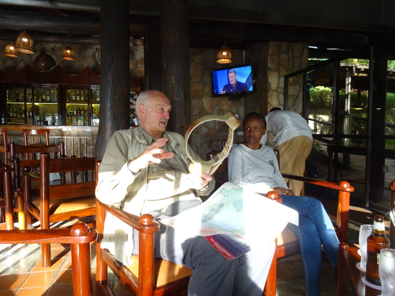 collar van leeuwen Kenia
