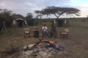 safari masai mara, reis basecamp, wildlife masai mara, walking