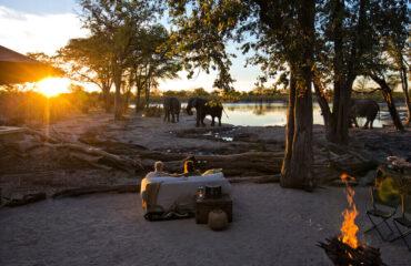 Hyena Pan camp setting